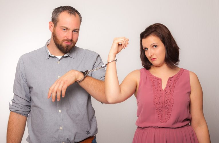Jak przejść przez rozwód bez niepotrzebnych negatywnych emocji?