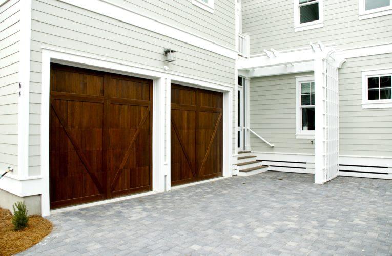 Jak dobrać bramę do garażu?